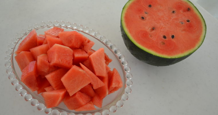 How to cut WATERMELON without seeds | The best way to eat Watermelon